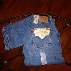 Levi's red tab 501 button fly straight leg NWT